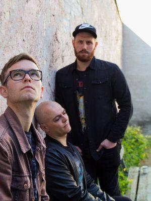 De Lyse Timer udgiver livesession af sangen Krydsfelt forud for kommende koncert på Fredag d. 6 april 2018